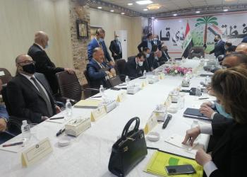 وزراء الحكومة العراقية في قاعة الاجتماعات بالكلية العسكرية في الناصرية